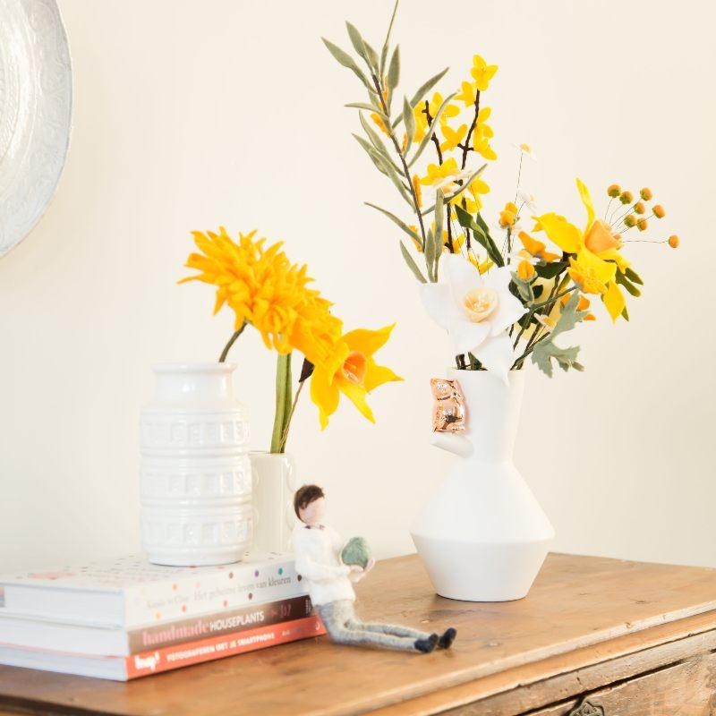 Gele bloemen in je interieur