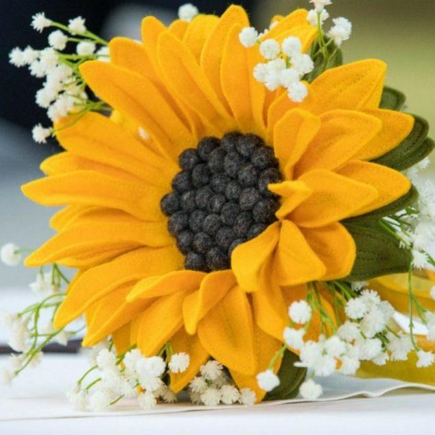 Bruidsboeket Viltbloemist Zonnebloem met gipskruid