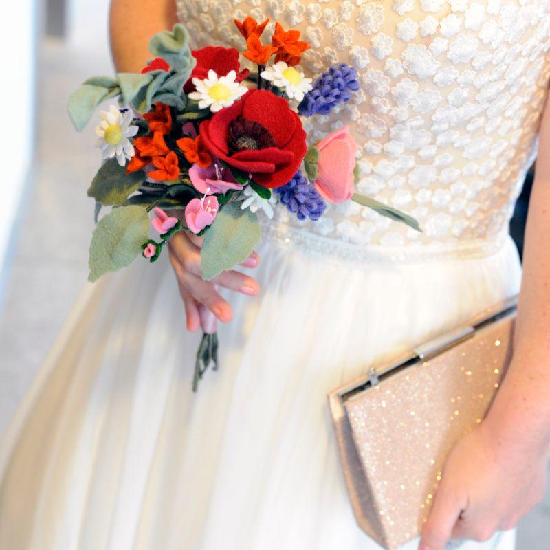 Veldboeket als Bruidsboeket van Viltbloeiers
