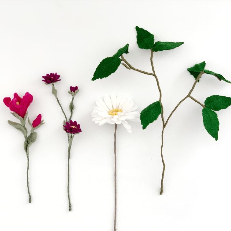 Speels mini boeketje roze
